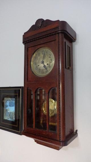 Lindo Antigo Relógio De Parede Carrilhão Alemão Duas Setas.
