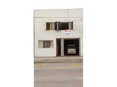 Galpon Con Oficinas Y Patente Comercial En Santiago Carmen Con Pedro Lagos