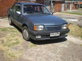 Vendo Chevrolet Monza Classic Extra Full