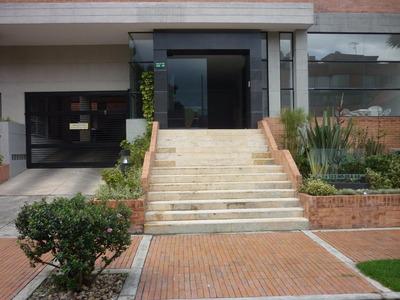Arriendo Apartaestudio Exterior, Amoblado, Unicentro