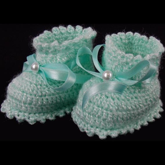 Sapatinho De Crochê De Lã Modelo Amorzinho Para Bebê (rn)