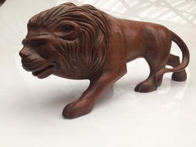 Escultura Leão Antiga De Madeira