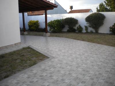 Duplex Mar Del Tuyu.-