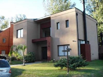 U$d 380.000 - Casa En Venta -
