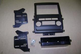 Adaptador Frente Para Estereo Nissan Frontier 2009 - 2010