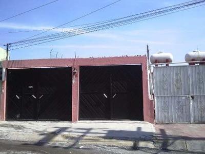 Casa Duplex Con Excelente Ubicacion Muy Cerca De La Comercial Mexicana De Villas, Con Espaciosmuy Amplios Y Buena Iluminacion Con 1 Estacionamiento. Excelente Oportunidad.