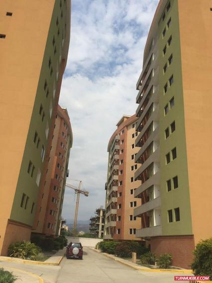 Apartamentos En Venta Conjunto Res. Bosque Lindo, Turmero.