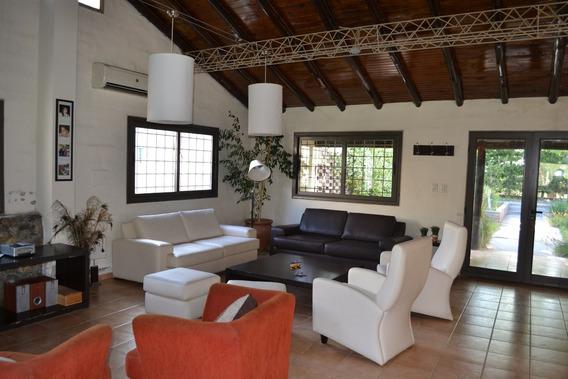 Casa En Mendoza En Campo De Olivares
