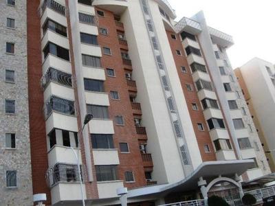 Apartamento En Venta En Monte Alto, Maracay Hecc 17-3223