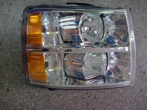 Faro Delantero Izquierdo Camión Silverado Hd  C3500 20102016