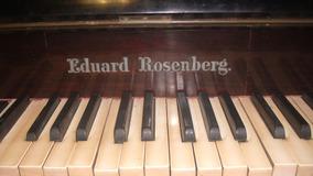 Piano Antigo