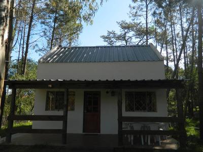 Casa De 2 Dormitorios En Barrio Country