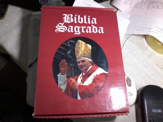 - Bíblia Sagrada - Luxo. Papa Bento Xvi. Raro.