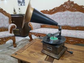 Gramofone Victor Antigo