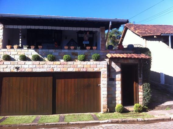 Casa Em Nova Lima, 3 Quartos Em Ótima Localização.