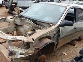 Corsa Sedan Classic 2010, Baixada Para Retirada De Peças