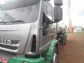 Iveco Tector 240 Tanque