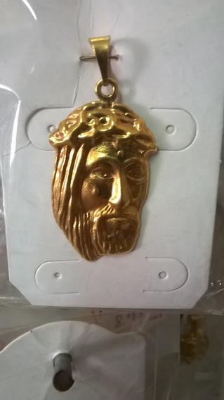 Pingente Face De Jesus Cristo Folheado A Ouro 18k
