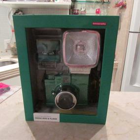 Máquina Fotográfica Retrô Verde Edição Limitada