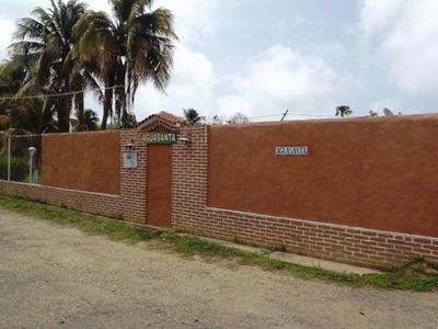 Venta Hermosa Casa Posada Acogedora Tucacas Rbt