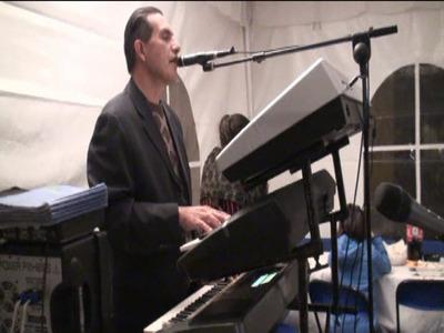 Tecladista Versatil O Dueto Musical Varias Batucadas Prendi