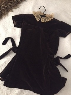 Vestido Nena De Terciopelo Marrón Original