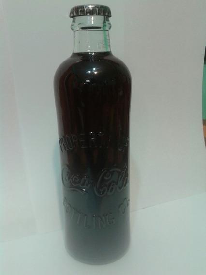 Botella De Coca Cola De La Colección Año 2006 Llena