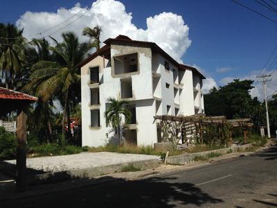 Casa, Villa Y Hotel En Juan Dolio Con Playa Privada