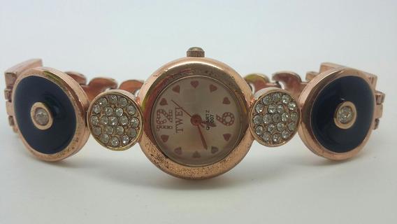 Relógio Dourado Rose, Detalhes Em Preto E Pedras Sintéticas