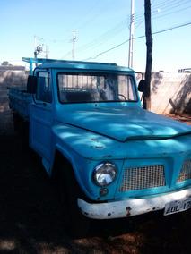 F 75 , Ano 76 , Camioneta ,carroceria Madeira