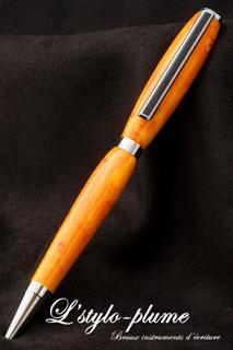 Boligrafo Artesanal En Resina Naranja Y Blanco 1038