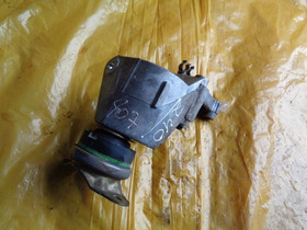 Suporte Coxim Do Motor Do Peugeot 407 Sw 3.0 V6 2008