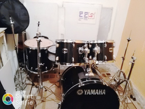 Imagen 1 de 6 de Bateria Yamaha Gigmaker Negra