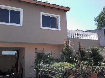 Casa Al Fondo 2 Dormitorios En Dos Plantas.