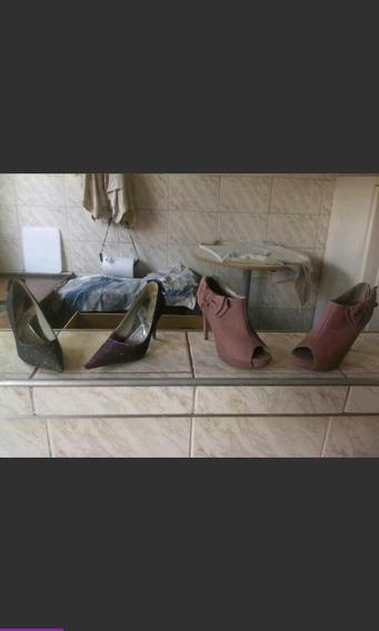 Sapatos Femininos Bico Fino 37 E O Beje 38 Preço Por Par