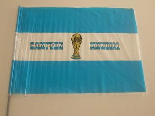 Bandera De Argentina Campeón Y Llavero Mundial 1978 Gauchito
