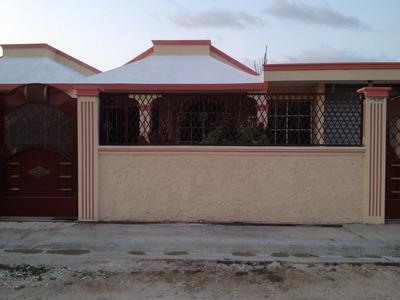Casa Con Techo De Cemento,area Para Negocio Incluida 3 Haha.