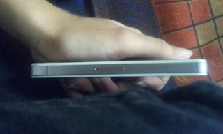 iPhone 4s 16g Semi Novo (2 Meses De Uso) Sem Marcas De Uso.