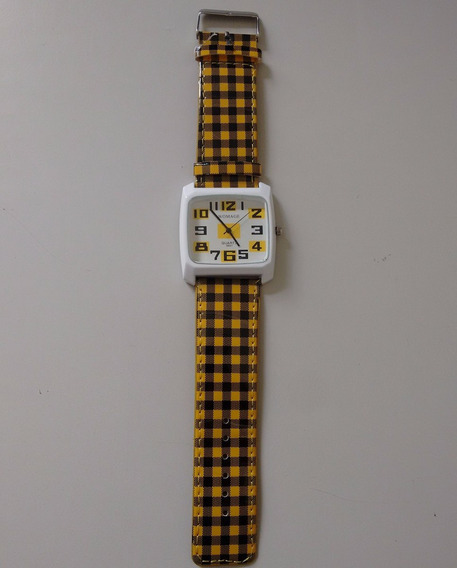 Relógio Analógico Feminino Womage Amarelo Branco E Preto