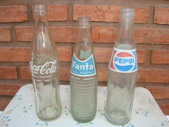 Lote De Botellas De Gaseosas De Coca Cola, Fanta Y Pepsi
