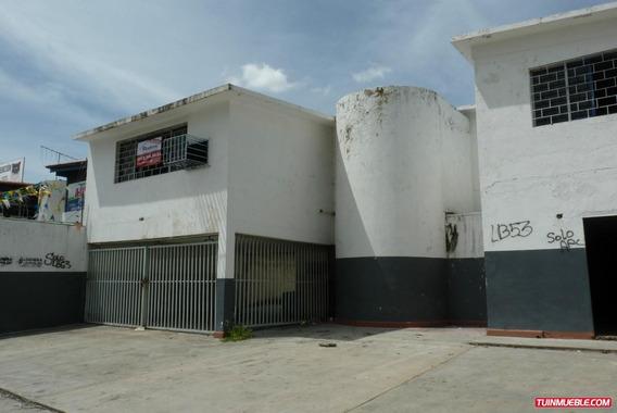 Casas En Alquiler, Avenida Bolívar (uso Comercial)