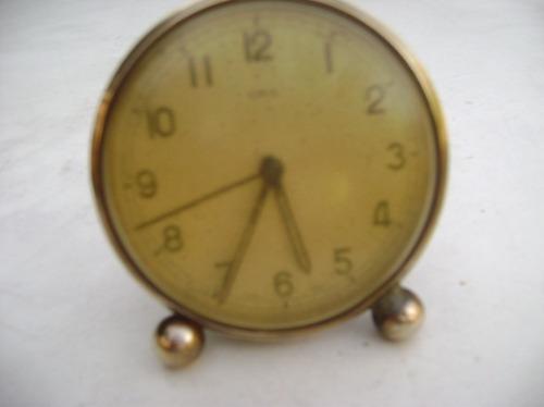 Reloj Despertador Muy Antiguo