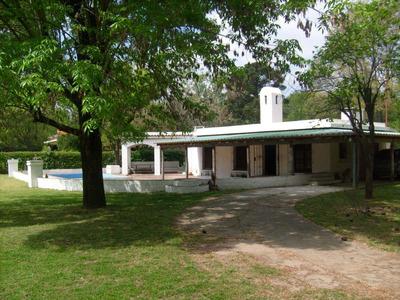 Alquilo Casa Quinta En El Cazador, Excelente.