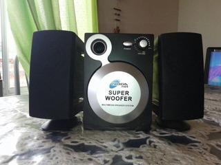 Parlantes Noga Net Super Woofer.