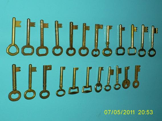 Vendo 27 Llaves Antiguas De Bronce Y Hierro.