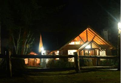 Cabaña Villa La Angostura (puerto Manzano)