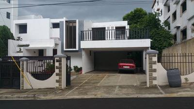 Casa En Venta Prox . Av. Juan Pablo Duarte