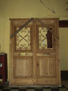 Puerta De Frente De Pinotea