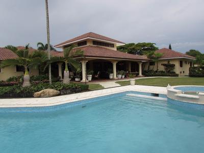 Preciosa Mansion De Oportunidad