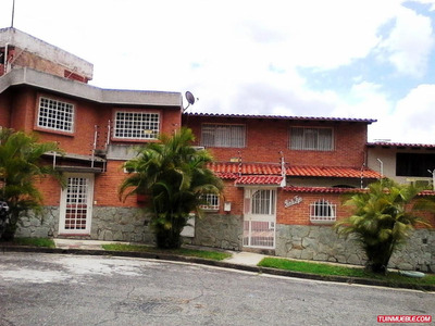 Casas En Venta En Los Chorros, De Ubicación Privilegiada.